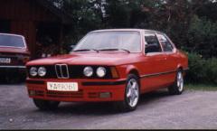 BMW 320 E21 -79