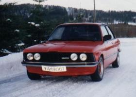BMW 320 E21 -79 3