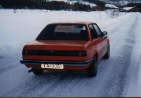 BMW 320 E21 -79 4