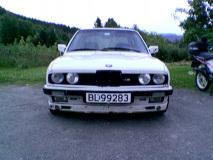 BMW 320i E30 -84