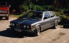 BMW 323i E21 -81